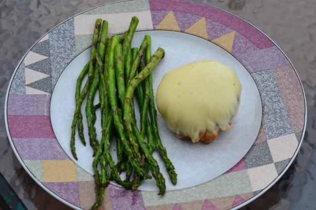 burger and asparagus